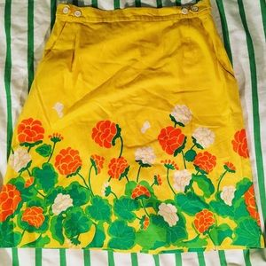 LAST CHANCE Vintage 60s floral skirt with shorts